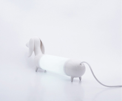 Dog lamp, par le Studio Want and Needs