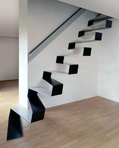 Escalier ruban de métal par HSH