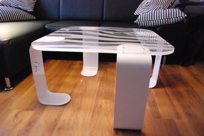 table basse en plexiglas par sif david cr ation blog esprit design. Black Bedroom Furniture Sets. Home Design Ideas