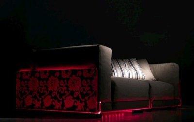 Lighted sofa par Colico