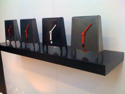 Horloge Acero par Michael Siney