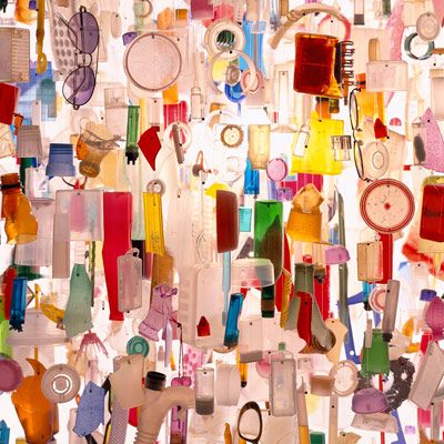 Suspension Tide par stuart haygarth