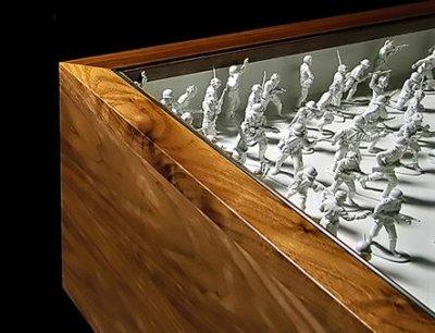 Toy soldier table par John Galvin Designs