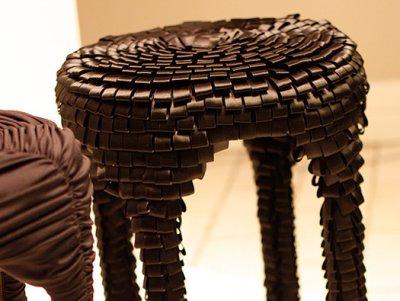 Tabouret ruban par Asshoff & Brogard