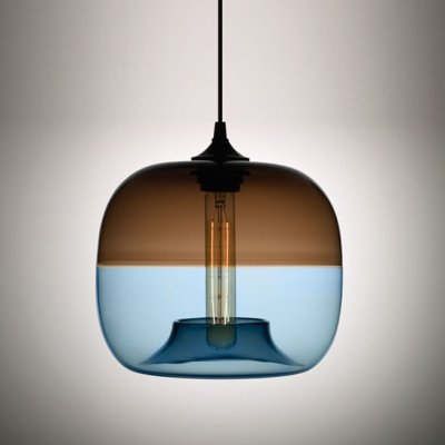 Suspension retro-moderne par Jeremy Pyles