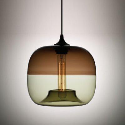 Suspension retro-moderne par Jeremy Pyles