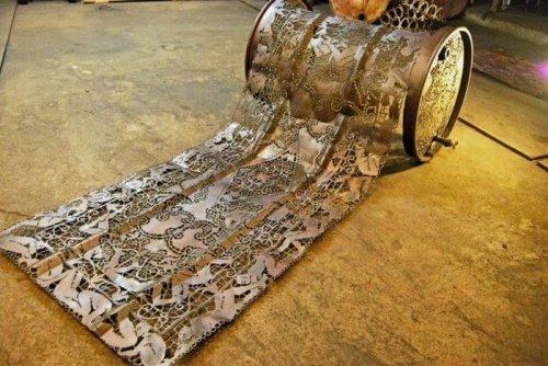 Dentelles de métal par Cal Lane