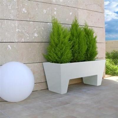 Jardinière Floors par Sotano Studio