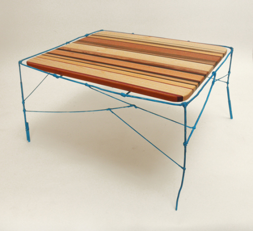 Table instable par Stefan Wieland