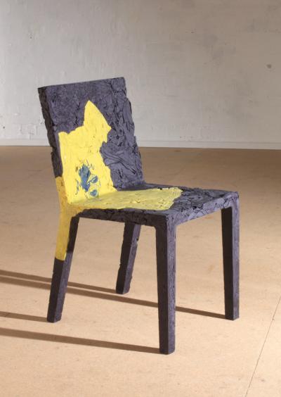 Chaise remember me par Tobias Juretzek
