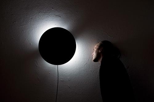 Horloge éclipse par Jesper Jonsson