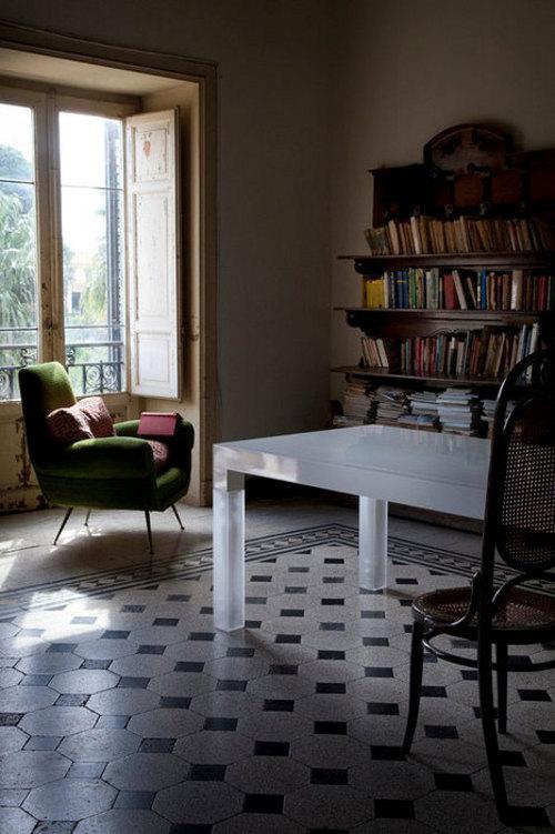 Table Nightmare par Giuseppe Pulvirenti et Gandolfo David
