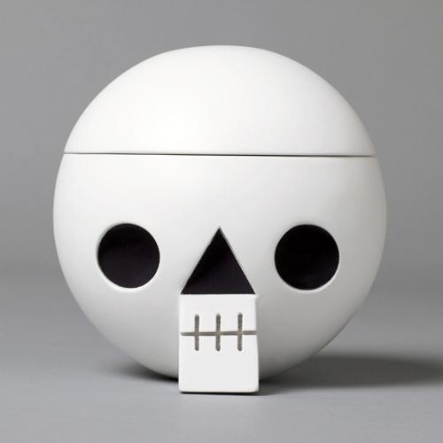 Crâne pour bureau par Acne Jr