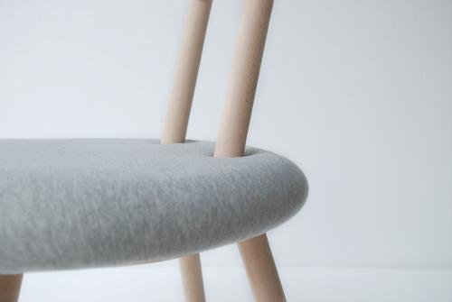 Une invitation au toucher, Bambi chair par Juju Studio