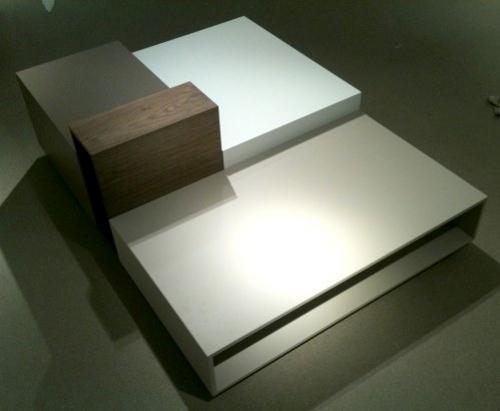 Table basse urban par fred rieffel blog esprit design for Table basse design italien