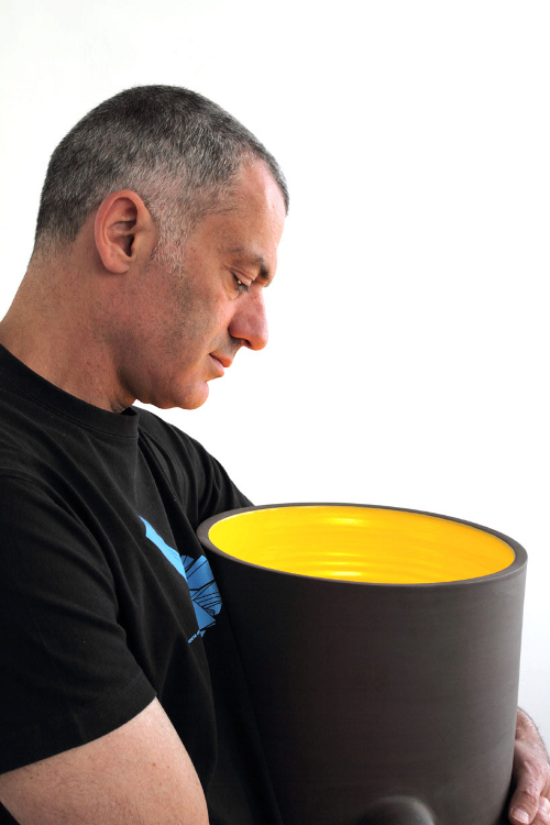 Well of Life, luminaire ceramique par Arik Levy
