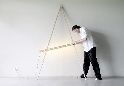 Luminaire Compas par Noon Studio