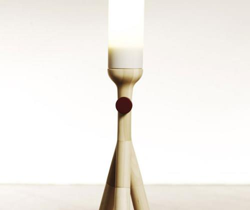 Lighthouse Lamp, luminaire et prestance par Dimitrios Stamatakis