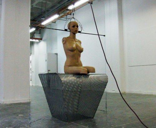 Fauteuil Chute libre par le studio Tarazi