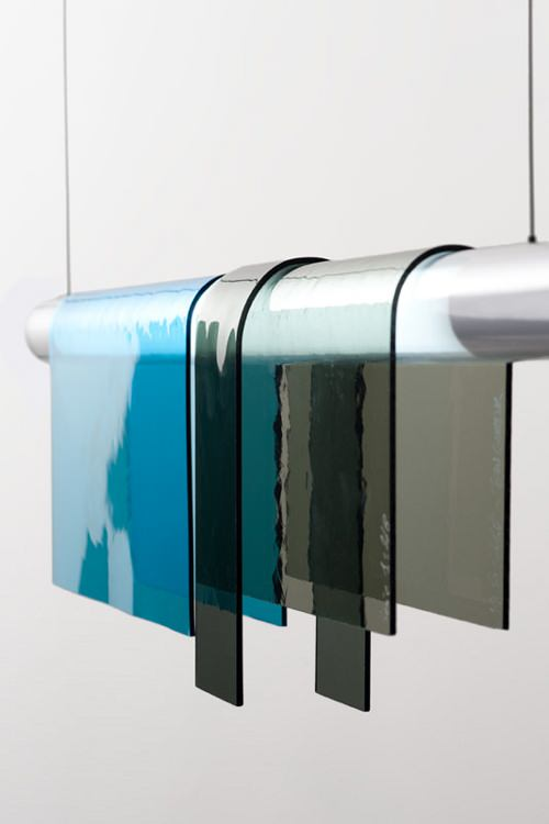 Repenser le vitrail, suspension Photochrome par Jean Couvreur