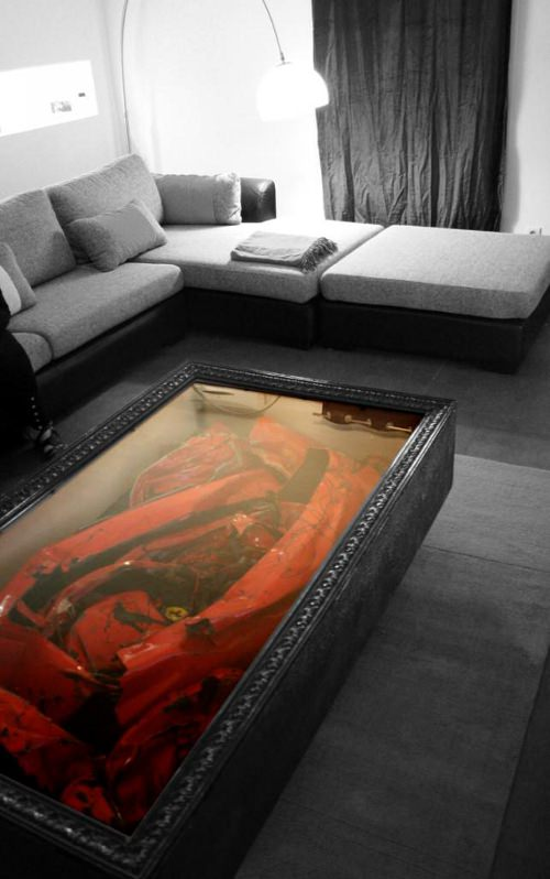 Crashed Ferrari Table par Molinelli Designs