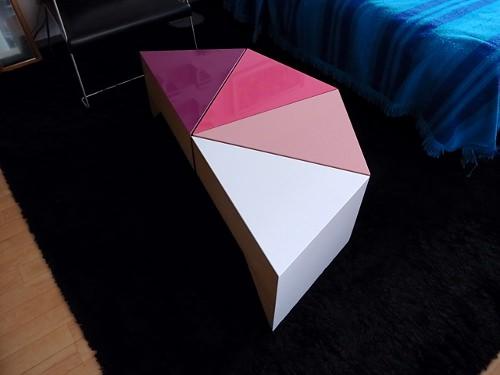 Cake Table par Kenji Mizuno pour Mizmiz Design