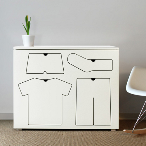 Training Dresser, la commode pour enfant par Peter Bristol
