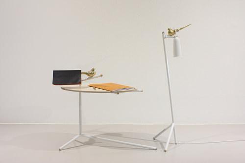 Collection Uccello, table + lampe + poésie par Monocomplex