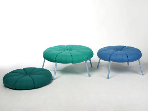 The Woonling Collection, fauteuil et transformation par Karoline Fesser