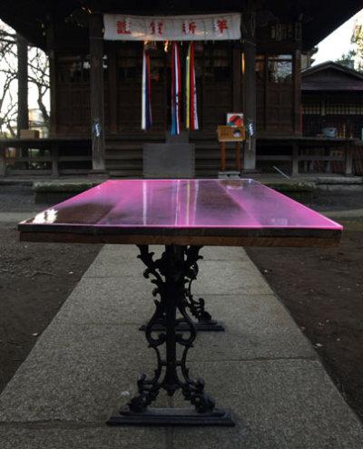 Flat Table, par le Bureau Schemeta