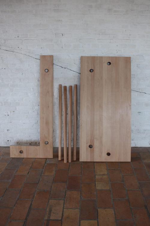 Collection Bravais table et bureau par Dana Cannam