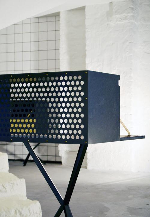 Bureau de travail et stockage par Per Söderberg