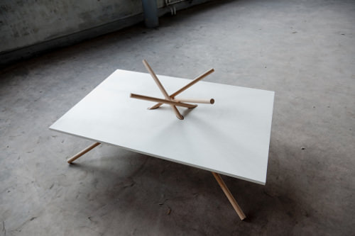 Collection Bravais table et bureau par Dana Cannam