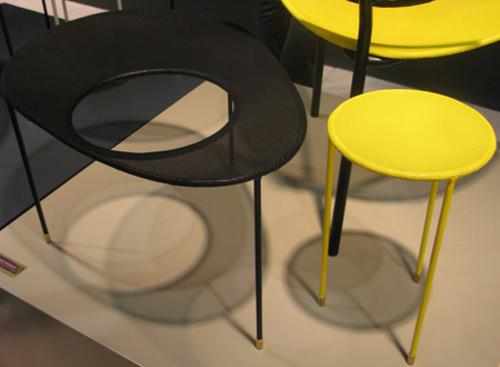 Kangourou table gigogne années 50 par Mathieu Matégot