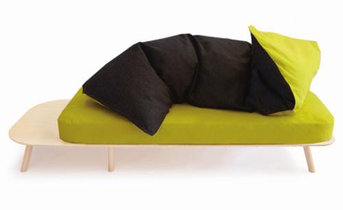 Canapé Disfatto par Denis Guidone