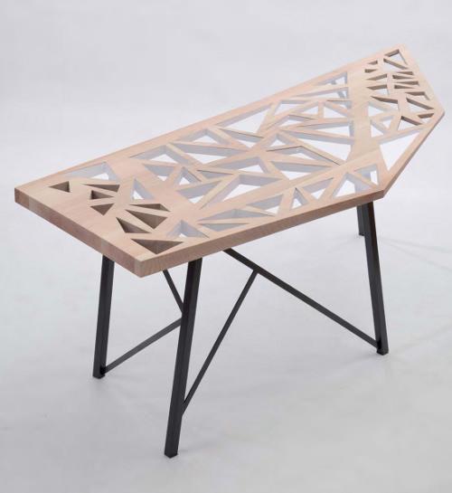 foal table et bureau par charlene plourdeau blog esprit design. Black Bedroom Furniture Sets. Home Design Ideas