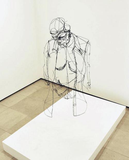 sculpture ultra r aliste en fil de fer par david oliveira. Black Bedroom Furniture Sets. Home Design Ideas