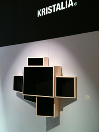 KRISTALIA_shelf_texte_M&O2013_BEDesign