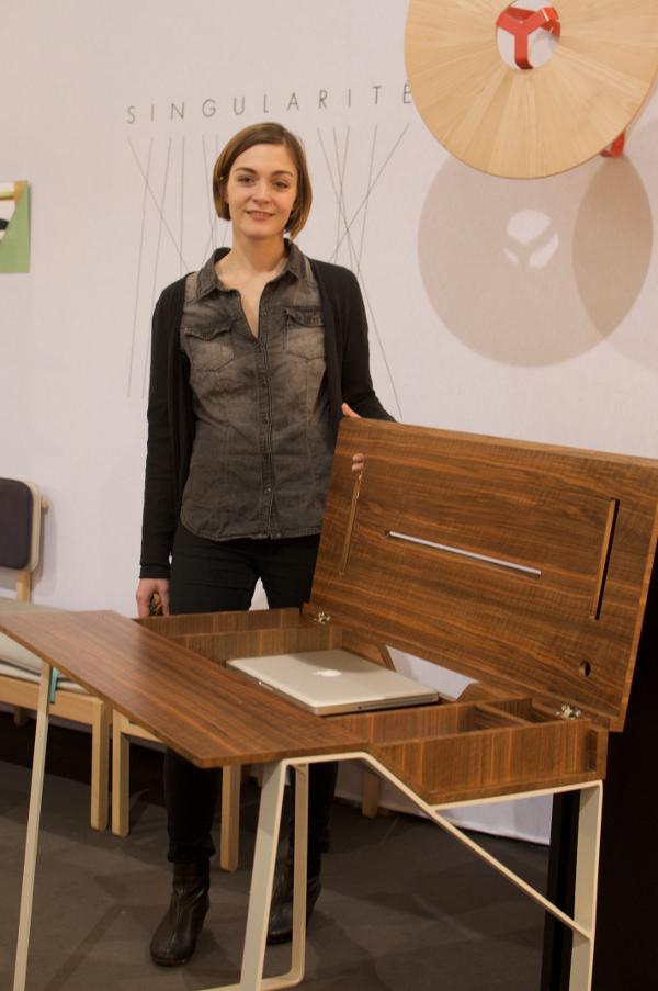 SINGULARITE-Julie-Arrive-M&O2013_BEDesign
