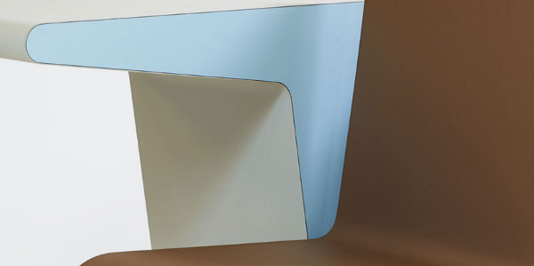 #006 Side Seat le poste de travail compact par Studio Makkink & Bey