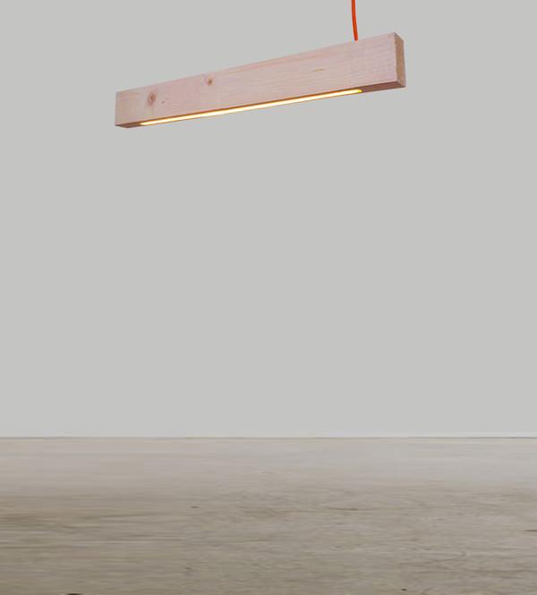 Défier la gravité lampe 2x4 par Alexandra Burr
