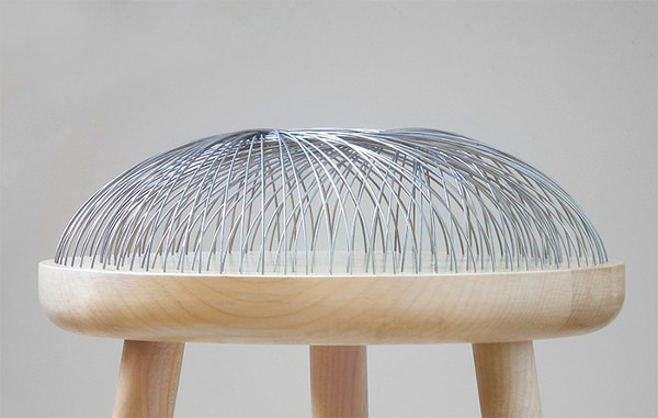 Dome Stool 80 tiges dacier pour un tabouret par le studio  : Dome Stool 80 tiges d acier pour un tabouret par le studio Toer design stool blog espritdesign 1 from blog-espritdesign.com size 600 x 381 jpeg 53kB