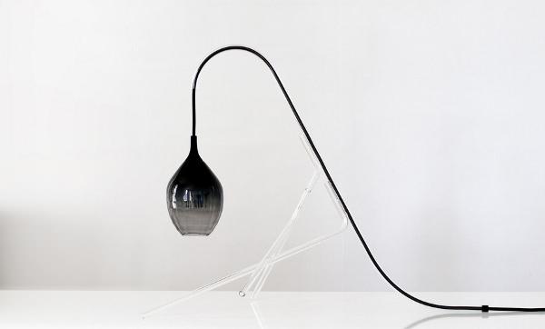 Lampe CristalCane la délicatesse lumineuse par Benjamin Graindorge