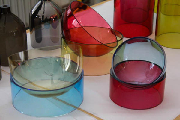Jar RGB la suspension colorée par Arik Levy