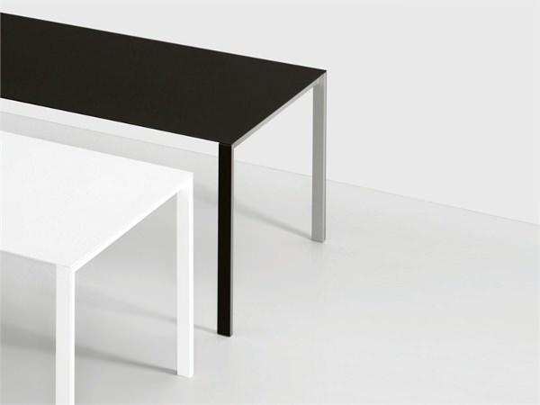 Thin k la table de 6 mm par luciano bertoncini blog for Table de 0 6