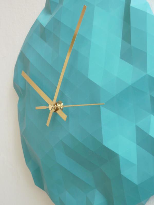 Horloge origami par Raw Dezign