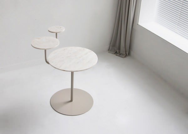 Planet table et mouvement par le studio KamKam