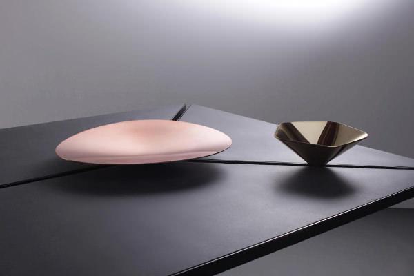 Table ou bureau segment par box clever blog esprit design for Bureau concept la sarre