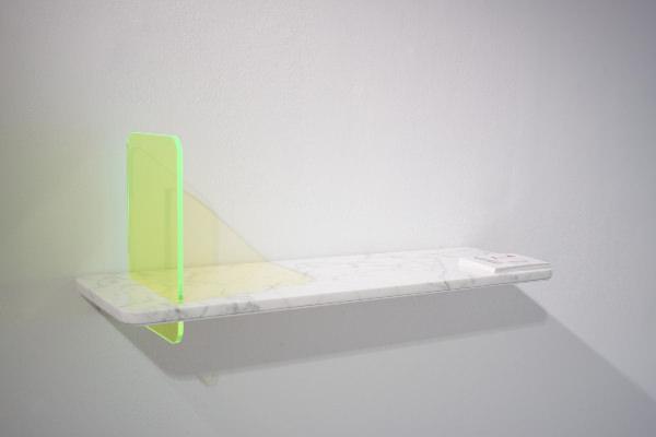 Stock collection rencontre entre plexiglas et marbre par giorgia zanellato - Etagere plexiglas design ...