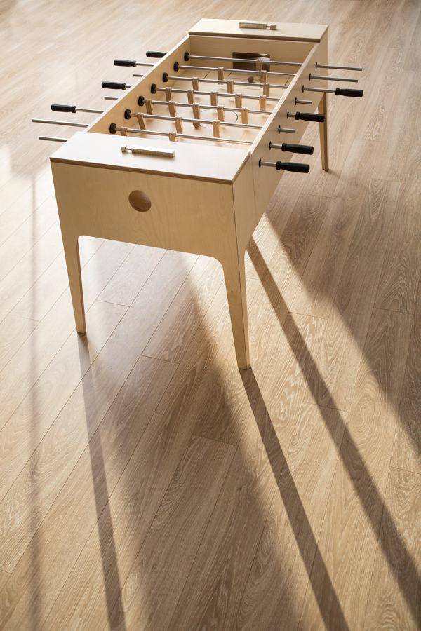 plywood foosball le baby foot de bois par slava balbek blog esprit design. Black Bedroom Furniture Sets. Home Design Ideas